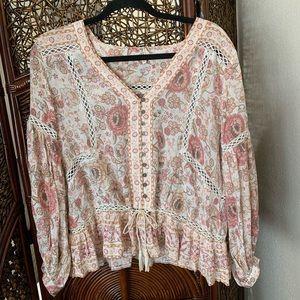 Spell and the Gypsy Zahara blouse 🦄